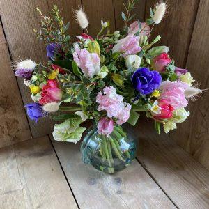 Hand-Tied Seasonal Bouquet [Luxury]